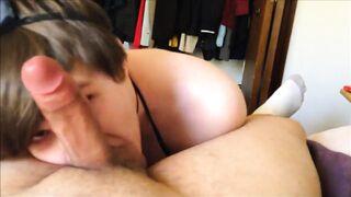 Amateur femboy deepthroat