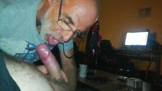 What a hot dutch grandpa